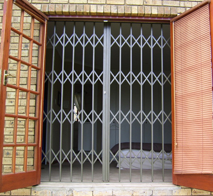 Expandable-Security-Gates-3