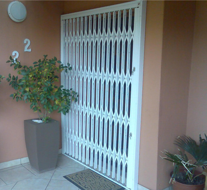 Expandable-Security-Gates-6
