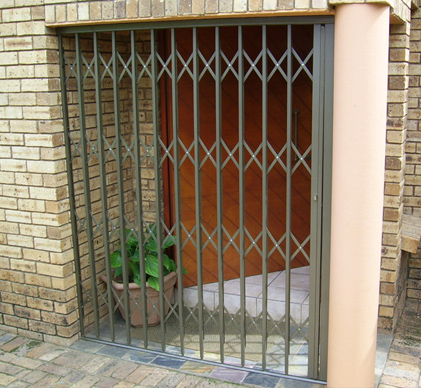 Expandable-Security-Gates